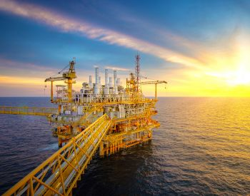 Rig plantform and Supply vessel in the gulf